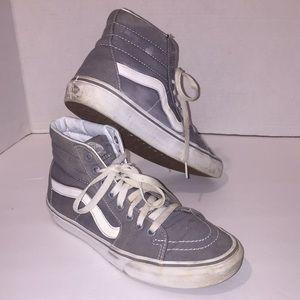 Vans Unisex Canavas Sneakers!!